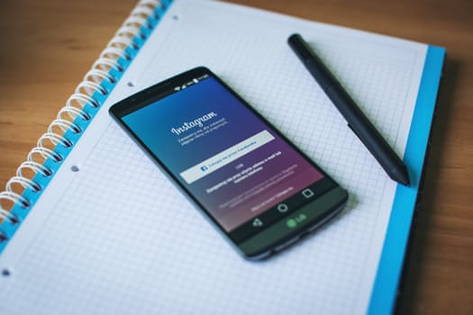 How Can You Incorporate Instagram Into Your Web Design For Maximum Benefit