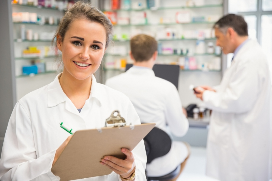 What Do You Need to Become A Pharmacy Technician?